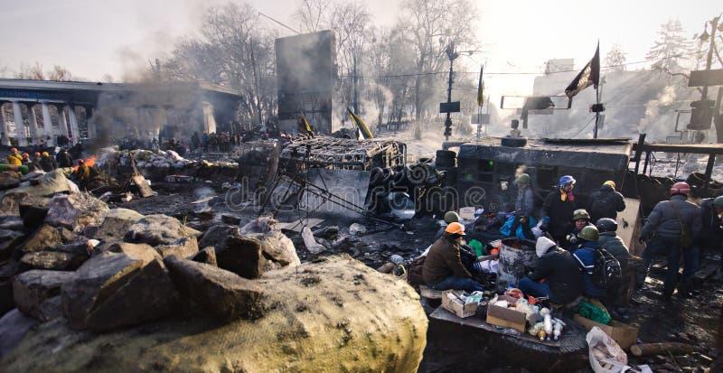 KYIV, ΟΥΚΡΑΝΊΑ – 26 ΙΑΝΟΥΑΡΊΟΥ 2014. Οδοφράγματα μέσα  στοκ φωτογραφίες με δικαίωμα ελεύθερης χρήσης