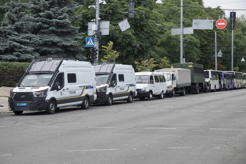 KYIV, ΟΥΚΡΑΝΊΑ - 23 Ιουλίου 2019: Αυτοκίνητα ειδικής δύναμης αστυνομίας που παρέχουν την ασφάλεια στην πόλη στοκ φωτογραφίες
