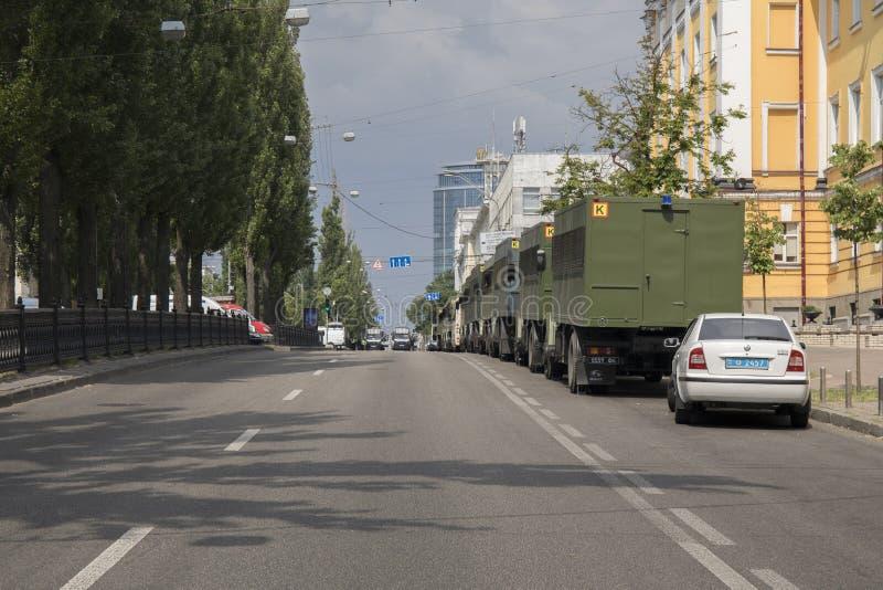 KYIV, ΟΥΚΡΑΝΊΑ - 23 Ιουλίου 2019: Αυτοκίνητα ειδικής δύναμης αστυνομίας που παρέχουν την ασφάλεια στην πόλη στοκ φωτογραφία με δικαίωμα ελεύθερης χρήσης