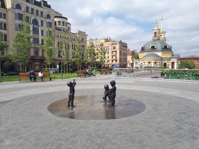 Kyiv Postova地区|КиеР² ПР¾ Ñ ‡ Ñ 'Ð ¾ Ð ² Ð°Ñ  Ð ¿ ДР¾ Ñ ‰ аÐ'ÑŒ 库存照片