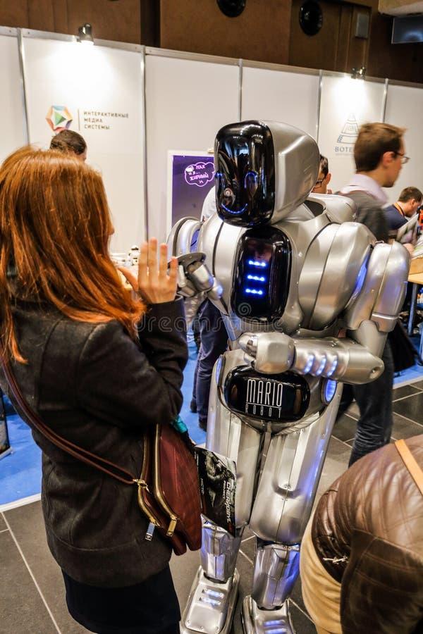 KYIV, UCRÂNIA - 24 DE FEVEREIRO DE 2016: Inovação e tehnologies fotos de stock royalty free