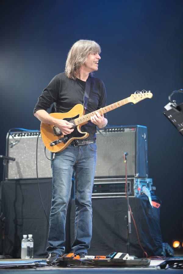 Download KYIV, UCRÂNIA - 13 De Julho, Faixa De Mike Stern Fotografia Editorial - Imagem de músico, guitarist: 29836227