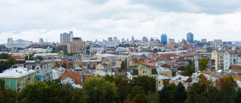Kyiv, Ucrânia - 7 de setembro de 2013: Arquitetura do centro da cidade de Kiev fotografia de stock