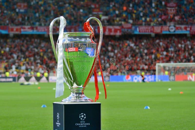 KYIV, UCRAINA - 26 MAGGIO 2018: Vista generale del trofeo della lega dei campioni prima del finale della lega di campioni di UEFA fotografie stock