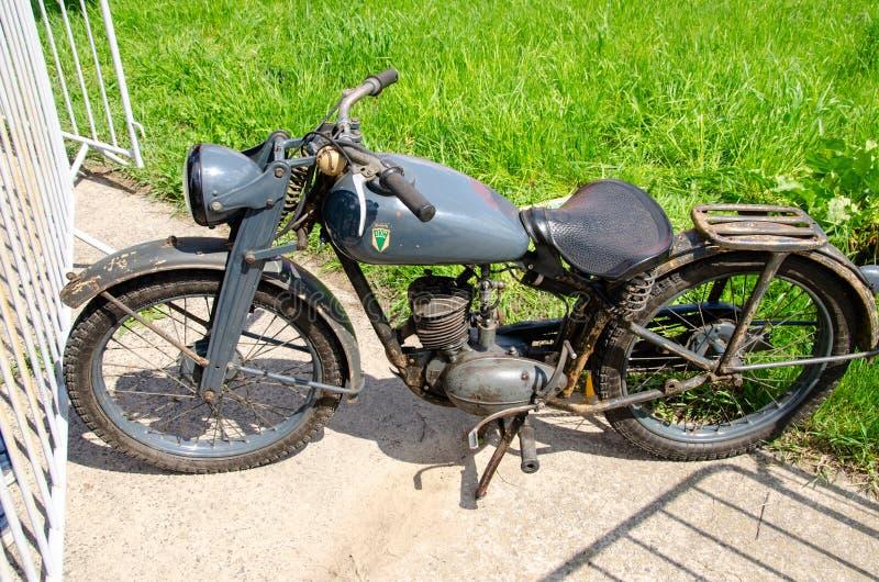 Kyiv Ukraina - Maj 11, 2019: Gammal motorcykel för DKW AUDI arkivbilder