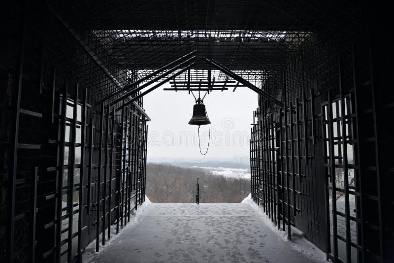 Kyiv ukraine Herdenkingsklok aan de slachtoffers van verhongeringstijden 1932-1933 stock afbeelding