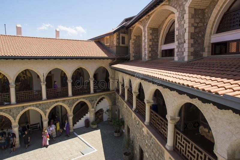 Download Monastry的Kykkos 编辑类库存图片. 图片 包括有 影子, 塞浦路斯, 晴朗, 宗教, 游人 - 30325049