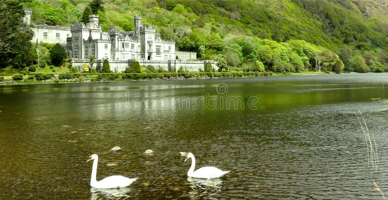 Kylemore Abbey Connemara Galway, Irlanda fotos de stock royalty free