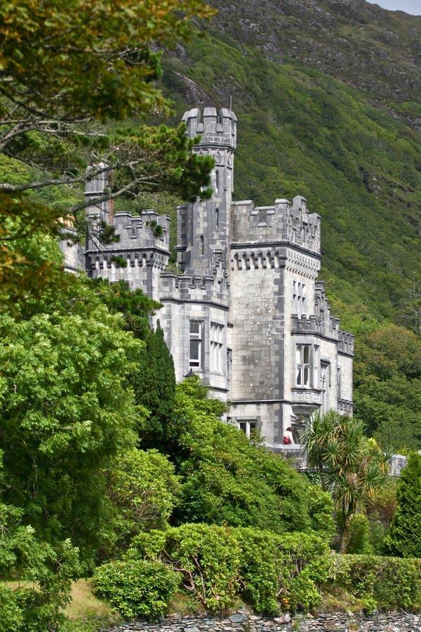 Kylemore abbotskloster, Connemara som är västra av Irland royaltyfri fotografi