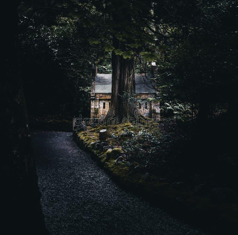 Kylemore-Abtei, die kleine Kapelle lizenzfreie stockbilder