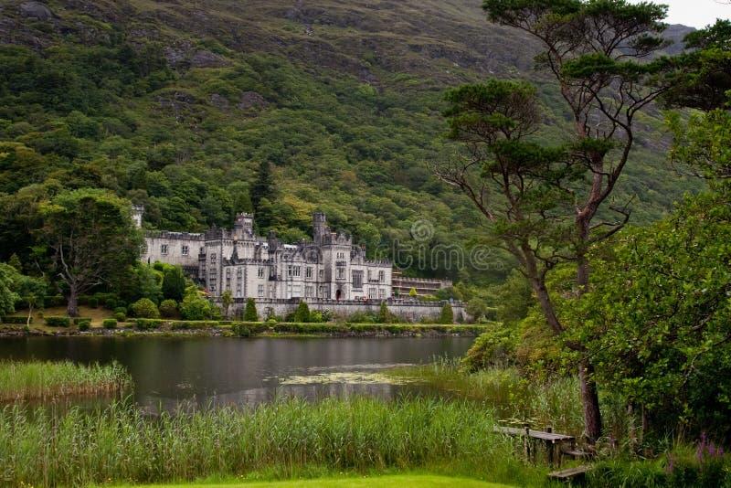 Kylemoreabdij in Connemara, Ierland royalty-vrije stock foto's