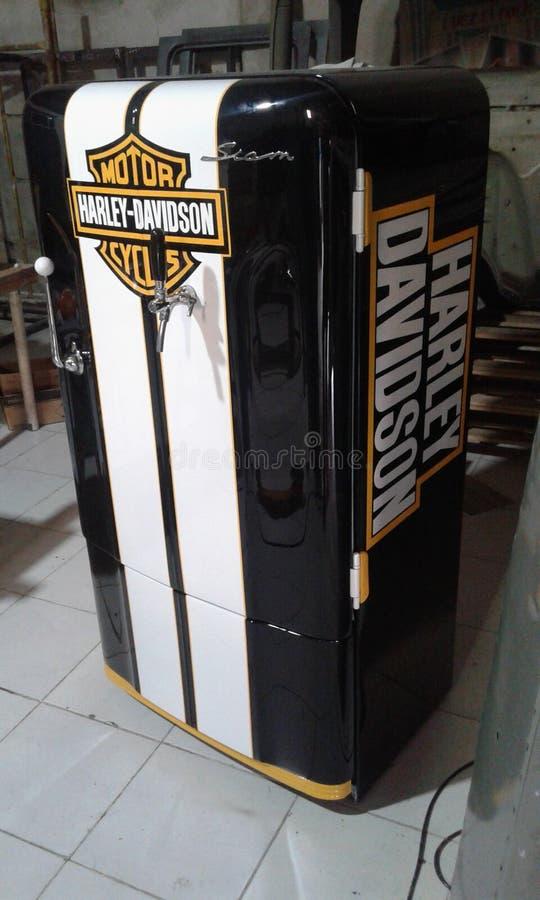 Kylskåp Harley Davidson royaltyfria bilder
