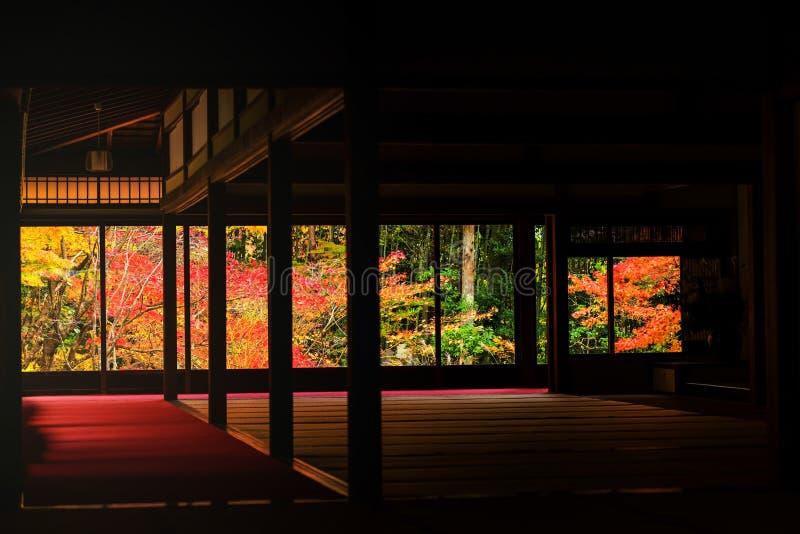Kyoto, een tenju-Tempel bij de herfst royalty-vrije stock afbeeldingen