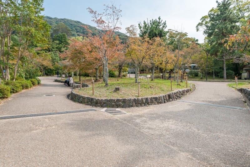 KYOTO, GIAPPONE - 9 OTTOBRE 2015: Santuario e giardino a Kyoto, Giappone fotografia stock