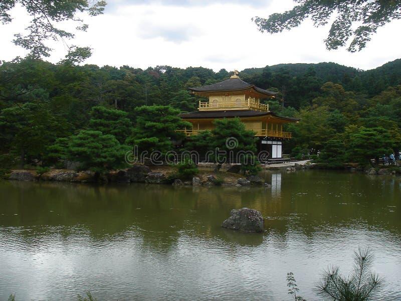 Kyoto guld- slott royaltyfri fotografi