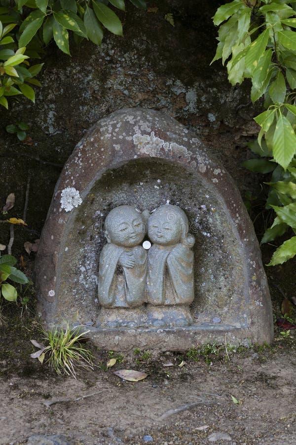 Kyoto - Japón, el 20 de mayo de 2017: St de piedra tradicional de Jizo Bosatsu foto de archivo libre de regalías