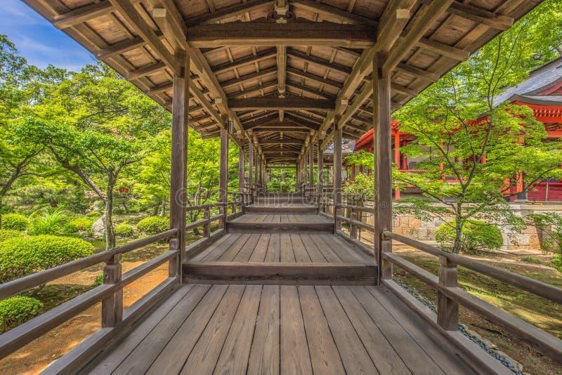 Kyoto - Mei 30, 2019: Daikakuji Boeddhistische tempel in Kyoto, Japan stock afbeeldingen