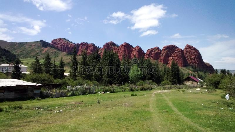 kyrgyzstan Nature, mountanis et photo de ciel photographie stock
