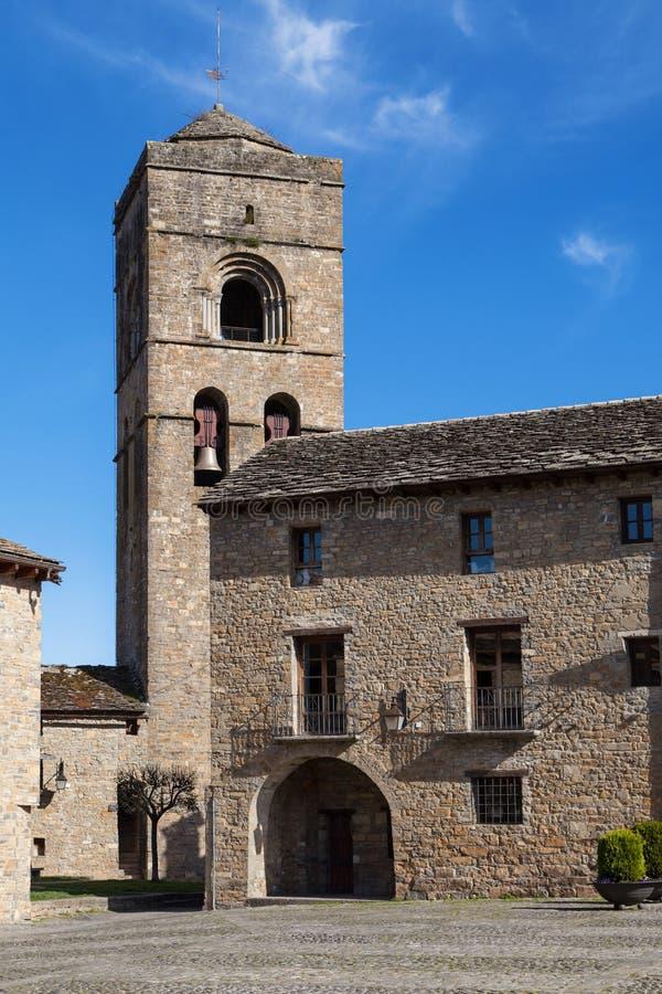 Kyrka av Ainsa arkivbilder