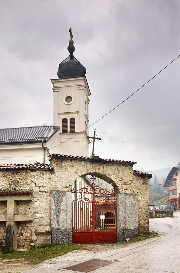 Kyrka av antagandet av den välsignade oskulden i Travnik stämma överens områdesområden som Bosnien gemet färgade greyed herzegovi arkivfoto