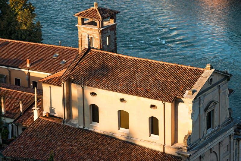 Kyrka av Förlossare - Verona Italy royaltyfri fotografi
