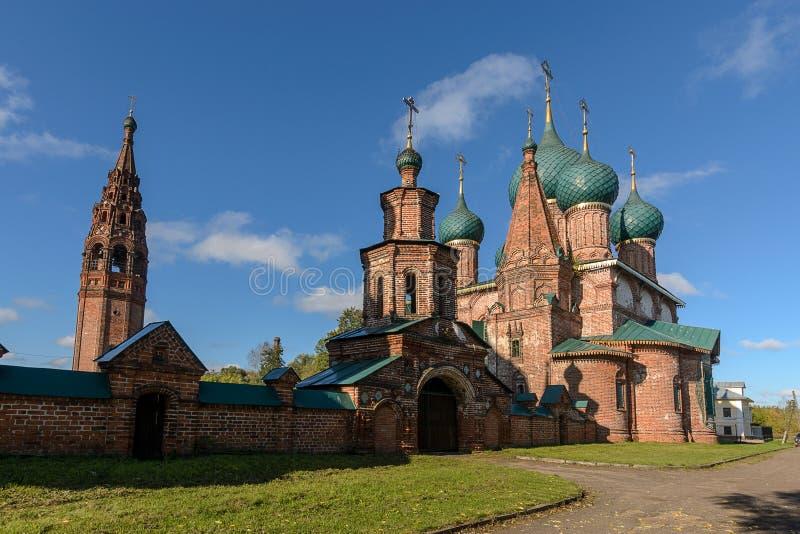Kyrka av helgonet John Chrysostom i Korovniki royaltyfri foto