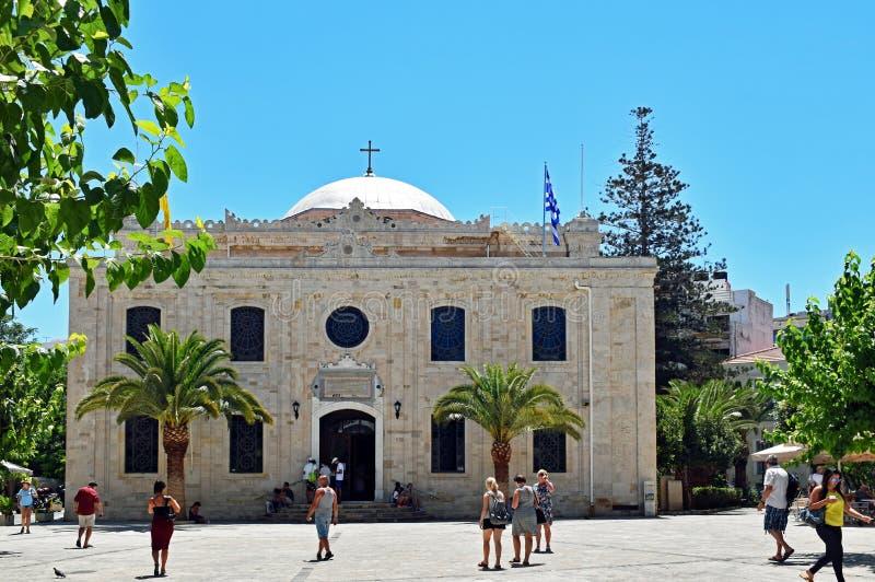 Kyrka av helgonet Titus i Heraklion, huvudstaden av den medelhavs- ön av Kreta i Grekland royaltyfri foto