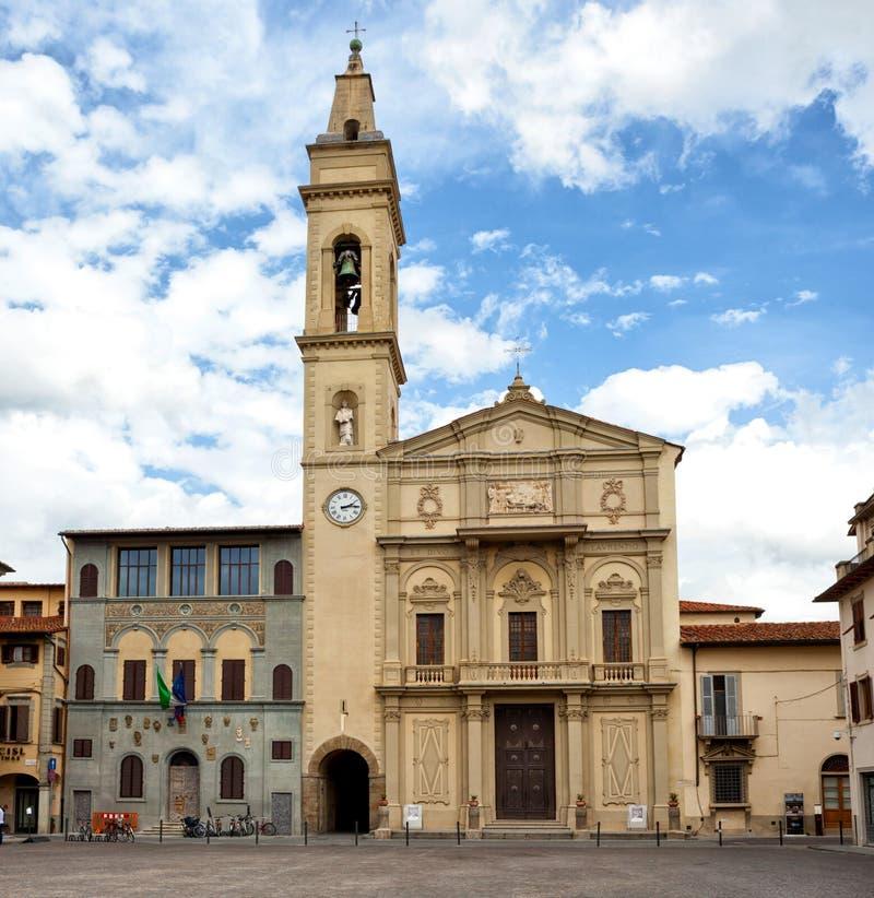 Kyrka av Insigne Collegiata S Lorenzo i Montevarchi, Italien royaltyfria bilder