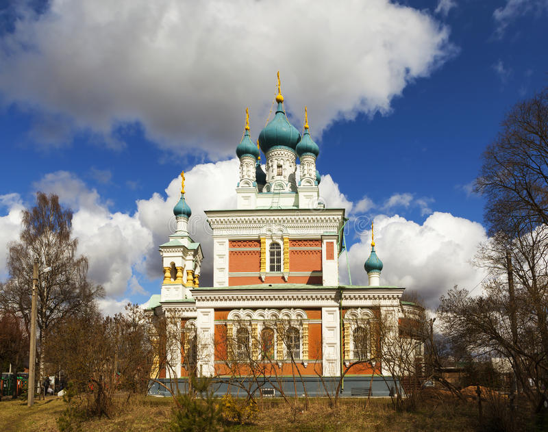 Kyrka av interventionen av modern av guden i Marienburg Gatchina Leningrad region Ryssland arkivfoton