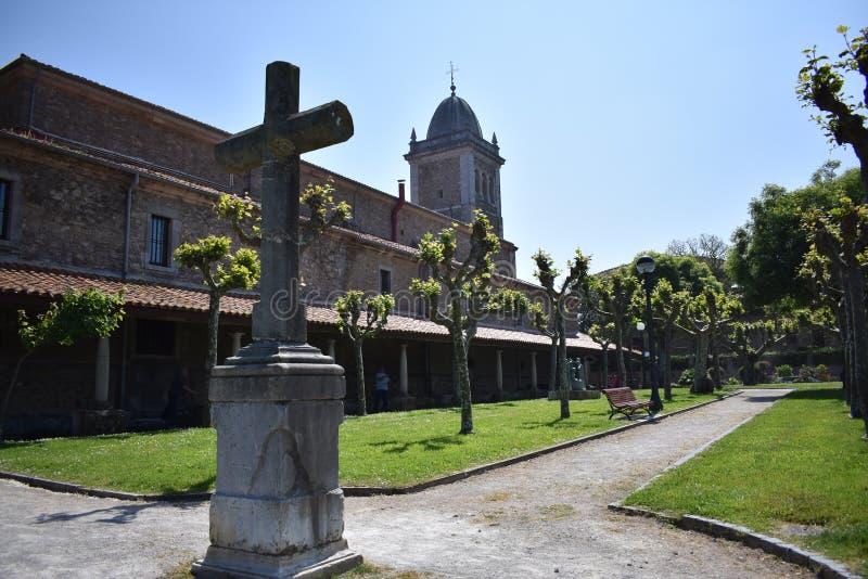 Kyrka av Jultomten MarÃa de Luanco arkivfoton