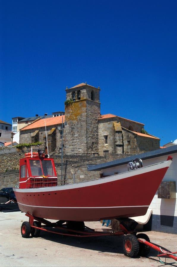 Kyrka av Laxe, en Coruña, Galicia, royaltyfria bilder