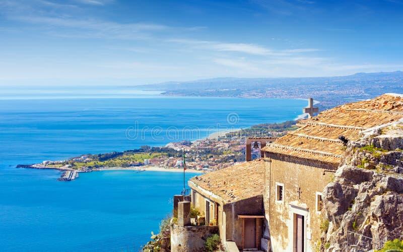 Kyrka av madonnadellaen Rocca i Taormina, Sicilien, Italien arkivfoto