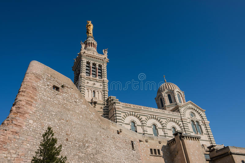 Kyrka av Notre Dame de la Garde, Marseille, Frankrike arkivbild