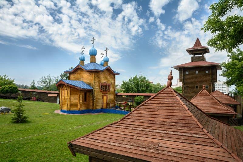 Kyrka av omgestaltningen av Herren på territoriet av slotten i staden av Mozyr _ royaltyfria foton