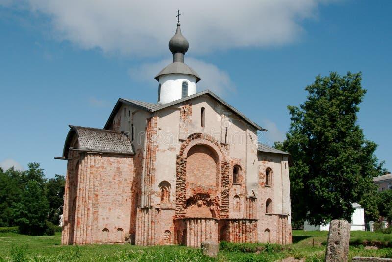 Kyrka av Paraskeva Friday i Veliky Novgorod arkivbild