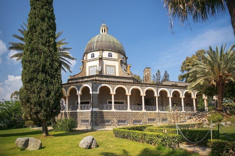 Kyrka av saligheterna, hav av Galilee, Israel arkivbilder