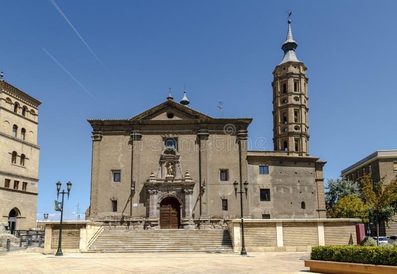 Kyrka av San Juan de los Panetes i Zaragoza spain royaltyfri fotografi