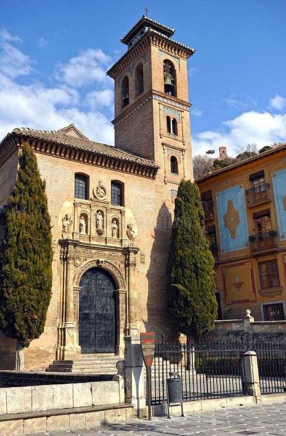Kyrka av Santa Ana i Granada, Andalucia, Spanien arkivfoton