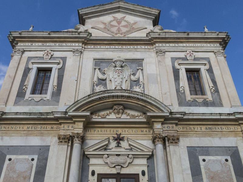 Kyrka av Santo Stefano Knights i piazzadeien Cavalieri, Pisa arkivfoton