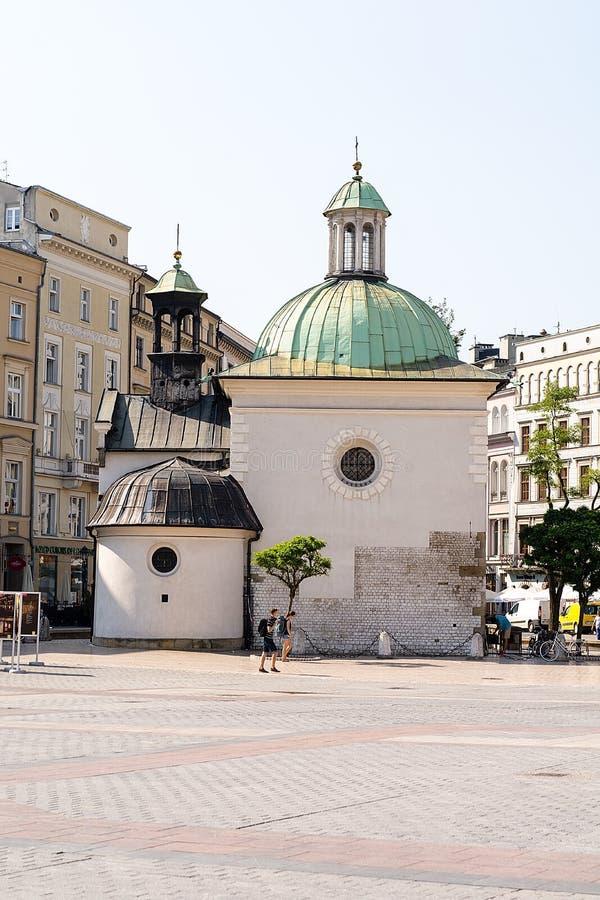 Kyrka av St Adalbert i Krakow arkivfoton
