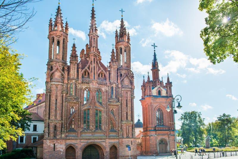 Kyrka av St Anne i Vilnius royaltyfri fotografi
