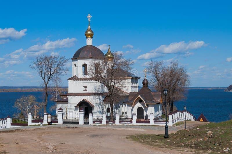 Kyrka av St Constantine och Helena. Sviyazhsk ö. Ryssland fotografering för bildbyråer