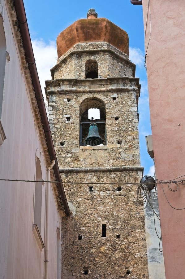 Kyrka av St. Nicola di Mira. Rodi Garganico. Puglia. Italien. royaltyfria foton