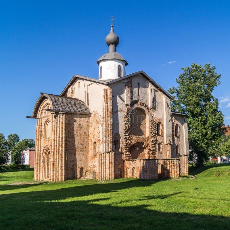 Kyrka av St Paraskeva Piatnitsa In The Marketplace, Veliky Novgorod, Ryssland royaltyfria bilder