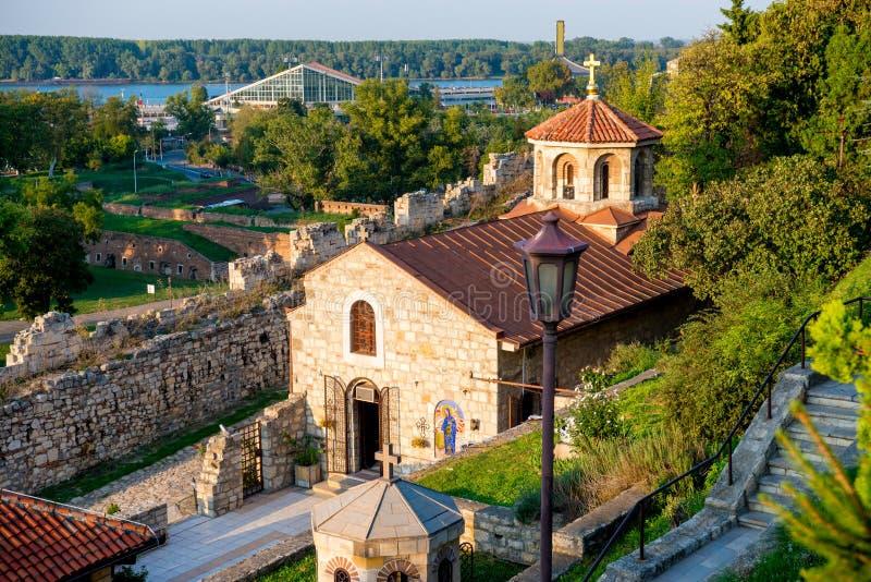Kyrka av St Petka på den Kalemegdan fästningen belgrade serbia arkivfoto