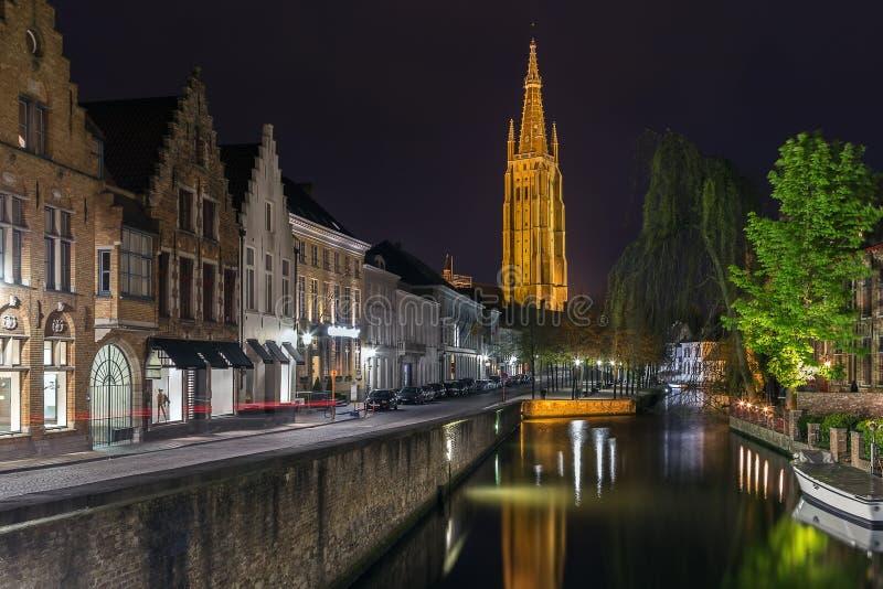 Kyrka av vår dam, Bruges, Belgien royaltyfri foto