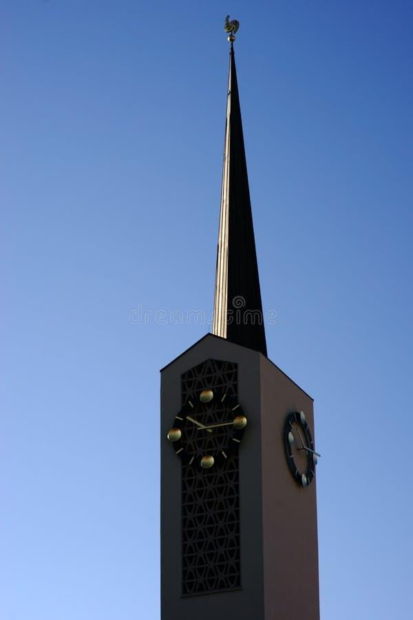 Kyrka för församling för klockatorn katolsk av St Agatha arkivfoto