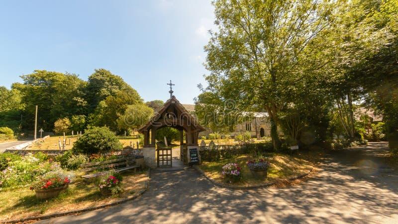 Kyrka för St Christopher ` s - Lychgate royaltyfri foto