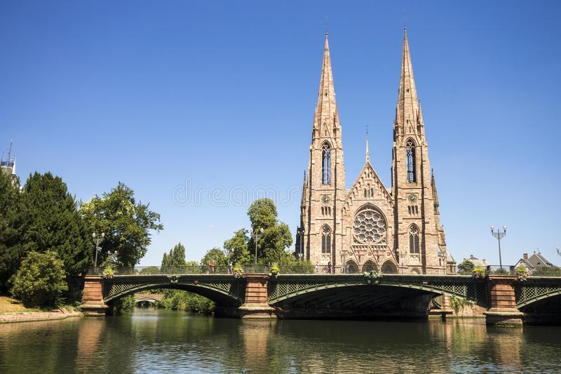 Kyrka för St Paul ` s, Strasbourg, Frankrike royaltyfria bilder
