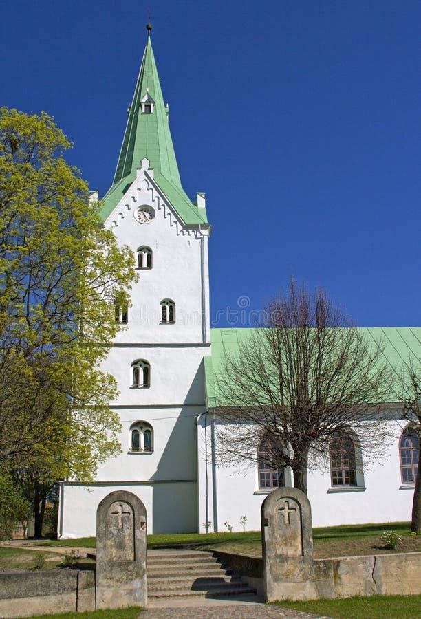 Kyrka i Dobele, Lettland arkivbild